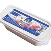Мороженое HORECA SELECT пломбир с кусочками клубники, 2500г фото