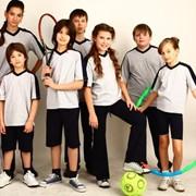 Спортивная форма для девочек и мальчиков фото