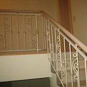 Красивые кованые ограждения на лестницу в Киеве фото
