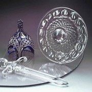 Декоративная композиция Щит и меч фото