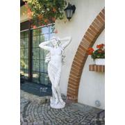 Венера-скульптура для сада фото
