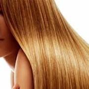 Услуга парикмахера, наращивание волос фото