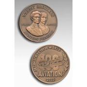 """Медаль юбилейная """"100 лет авиации. Первый полет братьев Райт"""" фото"""