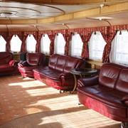 Обивка яхт.Профессиональный ремонт и тюнинг яхт.Яхты.Катеры.Лодки.Обслуживание. фото