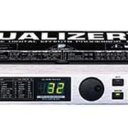 Процессор эффектов Behringer DSP-1024 фото