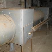 Рабочая линия по изоляции железных труб битумом фото