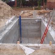 Фундамент бетонный, столбчатый (глубина 1300мм) с монолитным ростверком фото