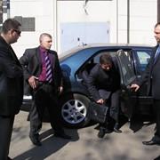 Услуги телохранителя-водителя фото