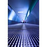 Продажа лифтов,эскалаторов,траволаторов фото