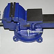 Тиски слесарные 80 мм, стальные, поворотные, с наковальней 4,5кг. фото
