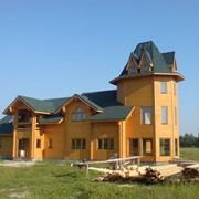 Деревянный дом из клееного бруса. фото