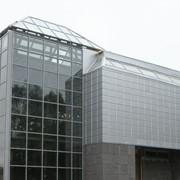 Проектирование, изготовление, монтаж с долгосрочной гарантией до 20 лет вентилируемых фасадов из алюминиевого композита и керамогранитной плитки, а также витражи любой сложности. фото