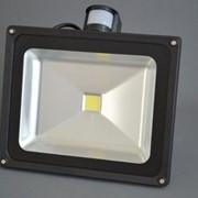 Прожектор LED с датчиком движения фото