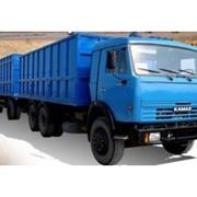 Отгрузка зерна автотранспортом, в Казахстане, фото