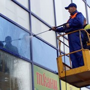 Мойка, чистка, покраска фасадов зданий фото