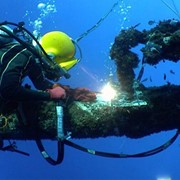 Подводно строительные работы. фото