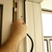 Замена уплотнителя на пластиковых окнах фото