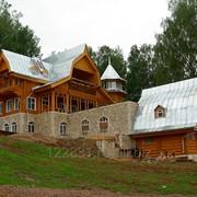 Дом с оцилиндрованного бревна фото