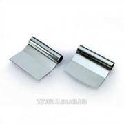 Скребок металл. изогнутый 120*115 мм