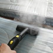 Услуги чистки мягкой мебели в квартирах, домах фото
