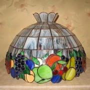 Витражные сувениры в стиле Тифффани: часы настенные,лампы настольные, картины, ночники, предметы интерьера фото