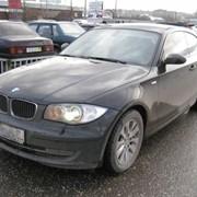 Автомобиль BMW 120i черный фото