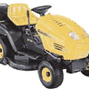 Мини-тракторы, ручные бензоэлектрокосы, измельчители мусора и садовые пылесосы. фото