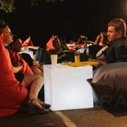 Аренда мягкой мебели: стулья, мягкие кресла и пуфики в прокат. Выгодное предложение от Poparada! фото