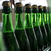 Бутылки винные стеклянные