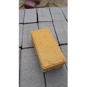 Плитка тротуарная Кирпичик желтый цвет фото