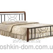 Кровать Кэлли двухспальная из натурального дерева и металла фото
