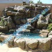 Декоративные водопады, водоемы, водопады по стеклу и стене, изделия из бетона,стилизированные под натуральные материалы фото