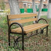 Деревянная скамейка садовая со спинкой  фото
