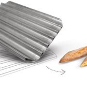 Противень алюминиевые перфорированные для багет фото
