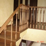Лестница винтовая кедр фото