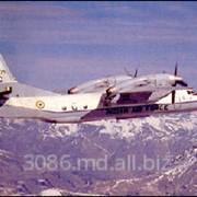 Самолет легкий транспортный многоцелевой Ан-32 фото
