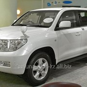 Ветровик Toyota Land Cruiser 200 фото