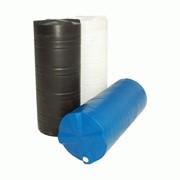 Пластиковая вертикальная цилиндрическая емкость для воды или дизельного топлива 275л фото