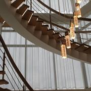 Лестницы на центральном косоуре. фото