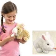 Игрушка интерактивная кролик Кузя фото