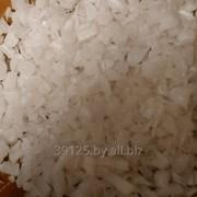 Полимер вторичный ПНД дроблёный белый фото