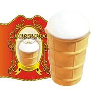 Мороженое сливочное в вафельном стаканчике фото