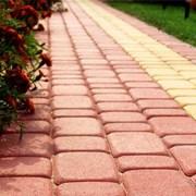 укладка брусчатки и тротуарной плитки фото