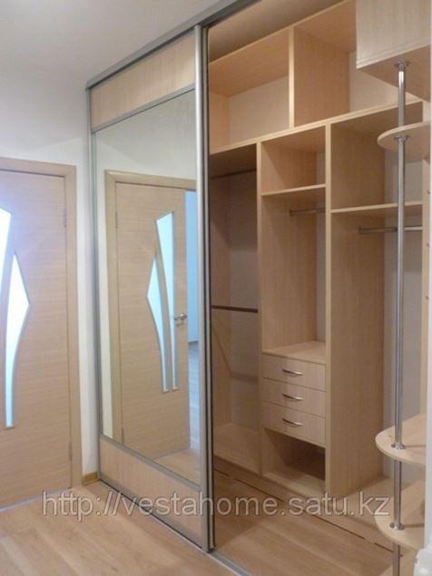 Зеркальны двери купе в алматы (изготовление шкафов под заказ.