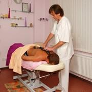 Рефлекторный массаж ног, спины, рук, головы, живота, грудной клетки с использованием аромамасел, испанский нейро-седативный массаж, антицеллюлитный массаж, лимфодренажный массаж нижних конечностей фото