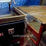 Машина упаковочная для упаковки коробок в термоусадочную плѐнку фото