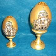 Пасхальные яйца с росписью и лаком фото