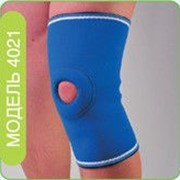 Фиксатор коленного сустава неопреновый модель 4021 фото