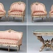 Чистка мягкой мебели Киев фото