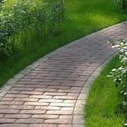 Устройство дорожек и площадок в саду фото